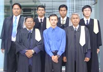 Numerous experienced lawyers, consultants and international advisors